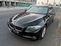 5 series: BMW 520D (Diesel) A/T 2013/14, Hitam seperti baru (3.jpg)