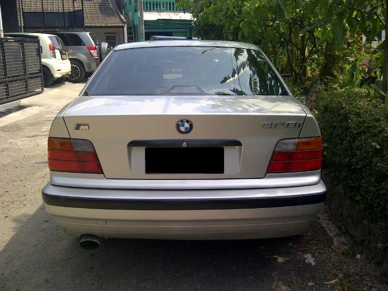 3 series: BMW 320i M/T Thn 1995 Warna Silver - MobilBekas.com