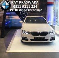 5 series: All New BMW G30 520d 530i Luxury M Sport 2017