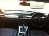 Jual 3 series: Mobil BMW 320i mulus