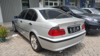 3 series: BMW 318i E46 2003 Silver Pajak panjang sampai Aug 2018 (WhatsApp Image 2017-09-11 at 15.14.55 (3).jpeg)