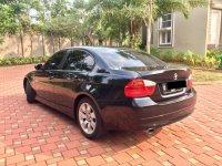 3 series: Bmw 320i, keren hitam 2005