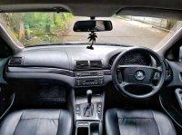 Jual 3 series: BMW 318i 2001 Silver mint