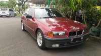 3 series: BMW 318i E36-M40 1993 Manual Factory Paint Merah Red-Maroon Ciracas (BMW Maroon01.jpg)