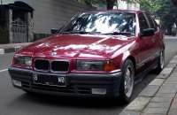 3 series: BMW 318i E36-M40 1993 Manual Factory Paint Merah Red-Maroon Ciracas (BMW Maroon02.jpg)