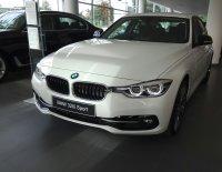 Jual 3 series: BMW 320i 2018 harga promo