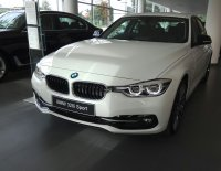 Jual 3 series: BMW 320i 2018 spesial price