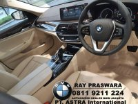 5 series: Info Harga Promo All New BMW 520i Luxury 2018 Dealer Resmi BMW ASTRA (interior new bmw g30 520i 2018.jpg)
