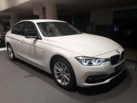 Jual 3 series: BMW 320i Sport New Profile NIK 2018 Dp 60 JUTA