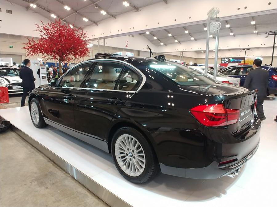 3 series: BMW 320i Luxury Dp Minim PROMO IIMS GIAS 2018 ...