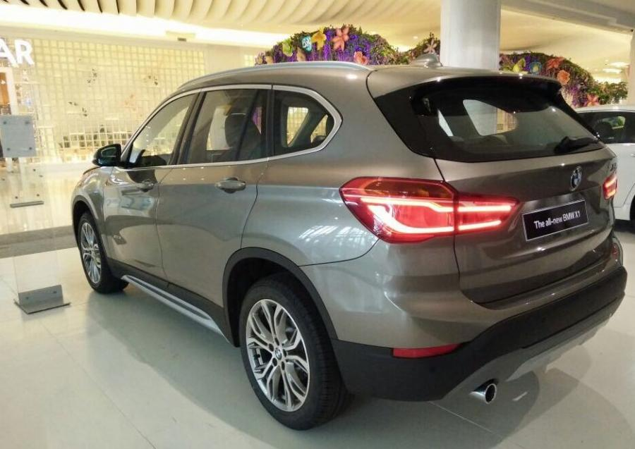 X series: BMW X1 2018 READY STOCK BONUS BERLIMPAH PROMO ...