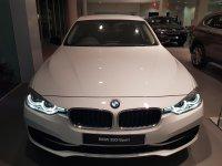 Jual 3 series: DISKON TERBESAR DAN PROMO BONUS MENARIK BMW 320i SPORT 2018