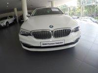 5 series: BMW 530i 2.0 Luxury Sedan 2018 G30