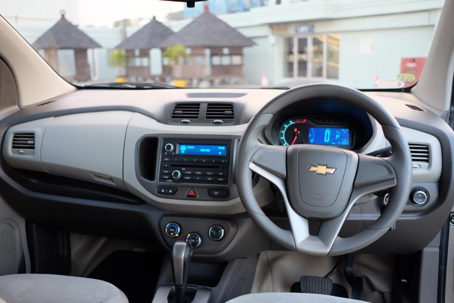 2013 Chevrolet Spin Ltz Bensin At Antik Murah Terjamin Dp 27jt