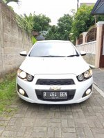 Chevrolet AVEO 1.4 LT AT Putih Full Original 2012 (1.jpg)