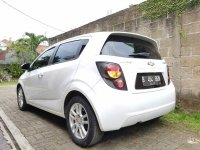 Chevrolet AVEO 1.4 LT AT Putih Full Original 2012 (5.jpg)
