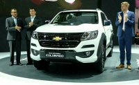 THE ALL NEW Chevrolet Colorado LT PICK UP DOUBLE CABIN (368da19cfa26cc5ebe59cbfbea75554b.jpg)