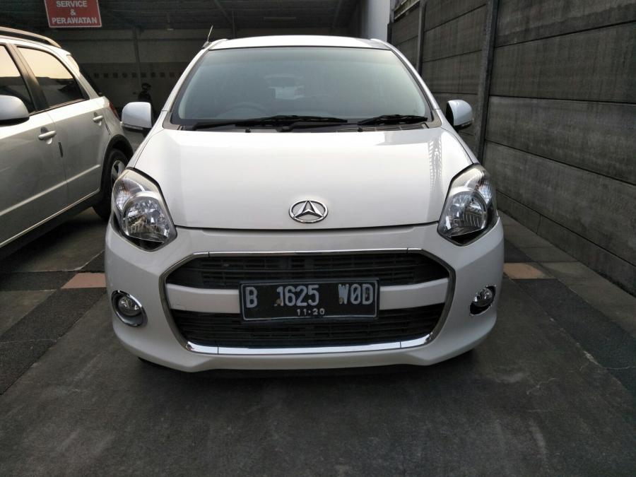 Daihatsu Ayla X AT 1.0 Th 2015 Putih metalik - MobilBekas.com