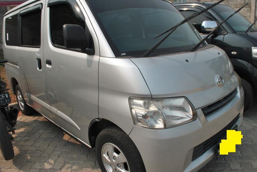 Gran Max MPV: Daihatsu Gran Max MB 1.3 D MT 2013
