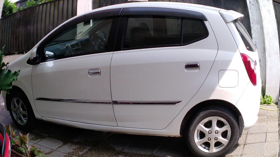 Dijual Daihatsu Ayla type X, AT 2014, low km, 23ribu ...