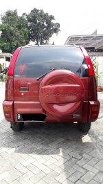 Jual Daihatsu: Taruna FGX 2001 Merah Marun