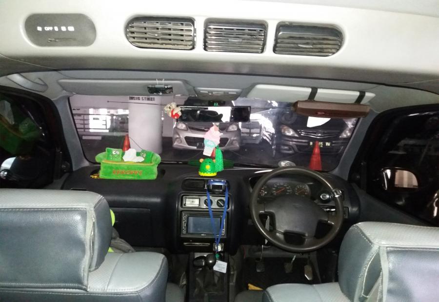Jual Murah Daihatsu Taruna FGX 1.5 EFI 2001 - MobilBekas.com