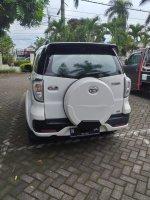 Daihatsu Terios All New 1.5 MT Tipe R (2015 akhir) (gbr3.jpg)