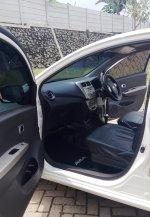 Daihatsu: Ayla 2017 km 22rb Matic, Ayla Putih, Ayla Tipe X (14.jpg)