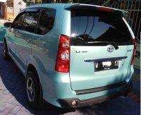 Daihatsu Xenia: jual mobil butuh uang