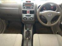 Daihatsu Terios Type TX 1.500cc Manual Tahun 2010  Hitam Metalik (tr2.jpeg)