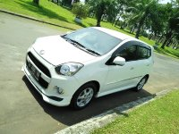 Jual Daihatsu AYLA X Elegant Manual  Putih th 2016 spt Baru