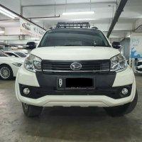 Jual Daihatsu Terios R putih 2016