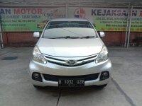 Daihatsu Xenia R Dlx 1.3 cc Automatic Th' 2014/2013 (1.jpg)