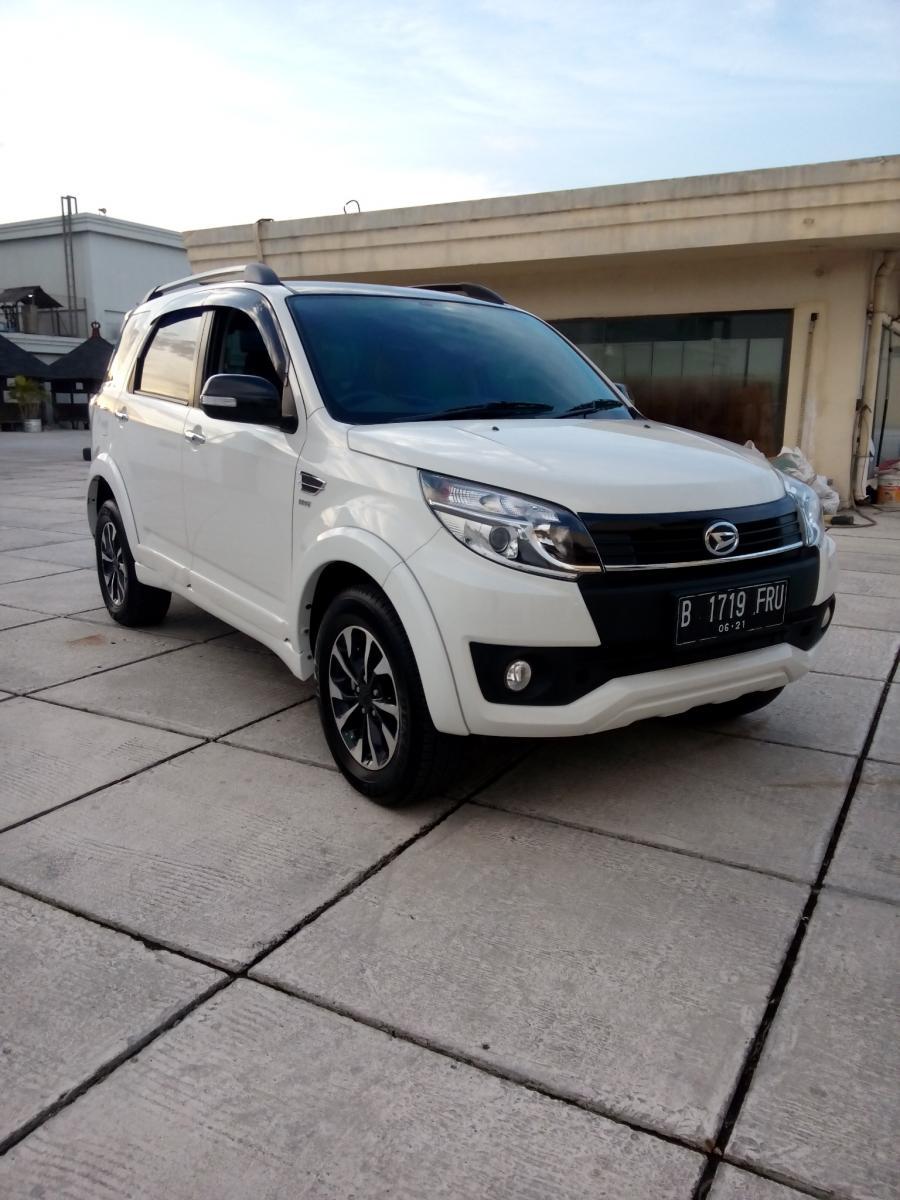 Daihatsu Terios R Custom Matic 2016 Putih Km 14 Rban IMG20170409174919