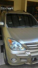 Jual Daihatsu Xenia Sporty Xi 1.3 (tampak lampu.jpg)