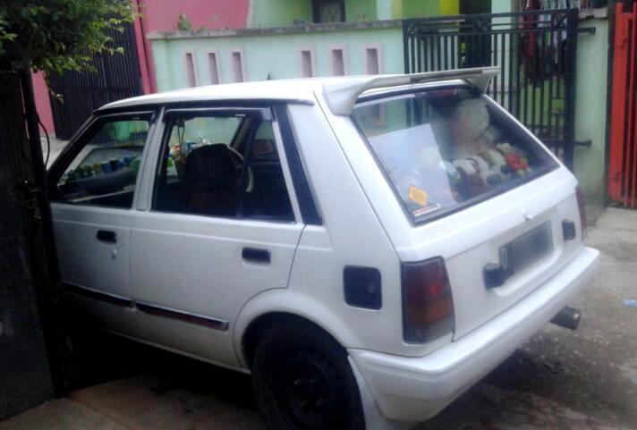 Daihatsu Charade CS warna putih - MobilBekas.com