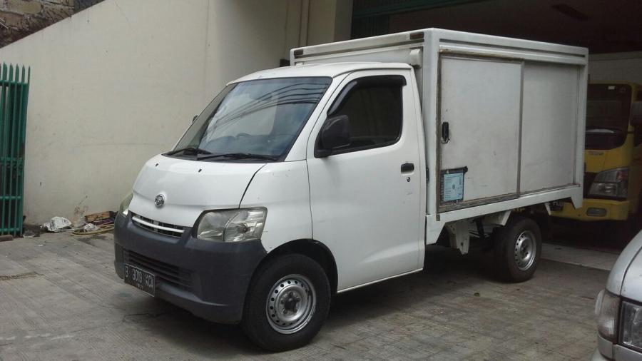Gran Max Box: Daihatsu Granmax Box 1.5 cc Tahun 2010 ...