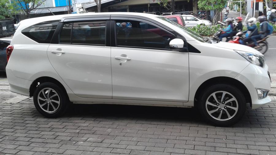 Daihatsu Sigra R 1.2 Manual Tahun 2016 - MobilBekas.com