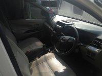 Daihatsu: Xenia X manual putih 2012 (1500131272658.jpg)
