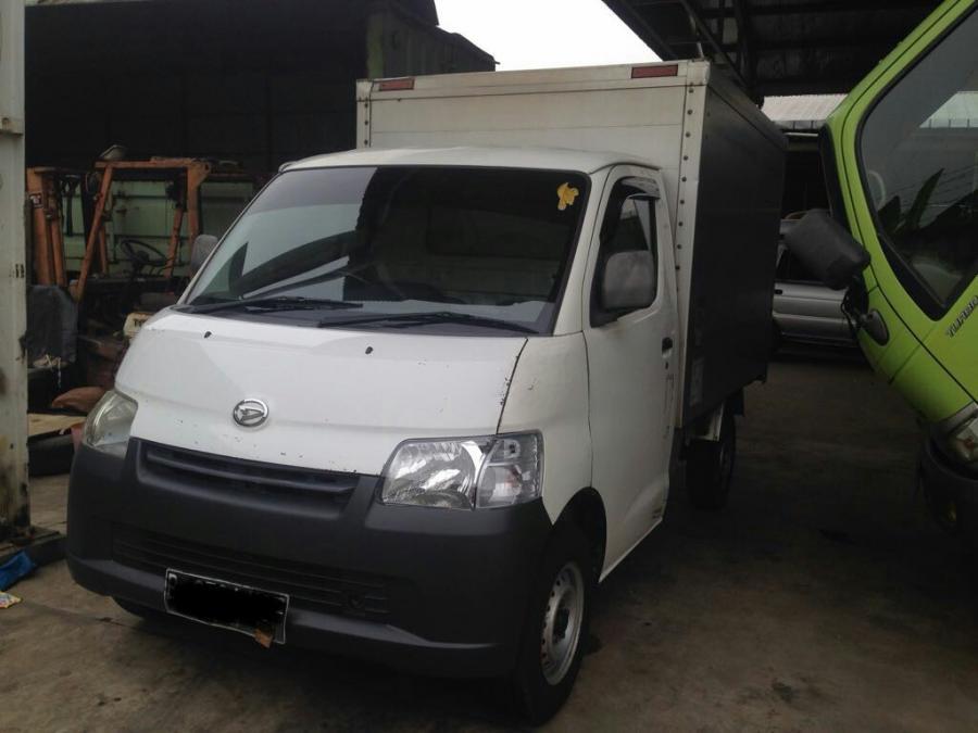 Gran Max Box: Daihatsu Granmax Box 1.3 cc Tahun 2012 ...