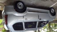 Daihatsu: Jual Xenia Li 1000 cc tahun 2005 warna silver, body mulus mesin tokcer