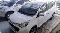 Daihatsu: jual sigra 2016 R manual putih
