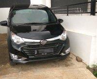 Jual Daihatsu Sigra R Deluxe MT 2017 Hitam di Kota Bandung