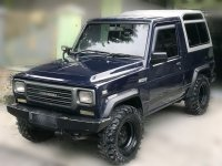 Mobil Daihatsu Rocky 4x4 (588c7460-2040-4c42-8ed6-aa80ee177b38.jpg)