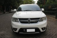 Jual DODGE JOURNEY SXT PLATINUM AT PUTIH 2012