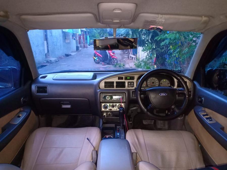 Dijual mobil Ford Everest XLT - MobilBekas.com