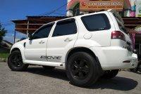 Ford Escape pemakaian 2013 (nik 2012) tipe tertinggi Limited (be8e4796-f824-42ab-a8ab-0136f154aacd.jpg)