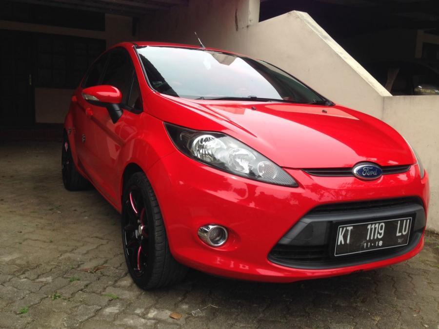 Dijual Murah Ford Fiesta Tahun  Milik Pribadi Whatsapp Image