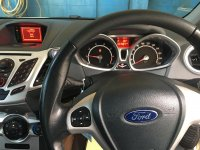 Ford Fiesta 1.6L AT S Putih 2012 (7.jpeg)