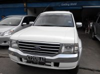 DiJual Ford Everest 2,5 diesel Xlt 4x4 Manual Tahun 2006 Putih